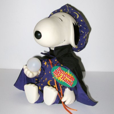 Snoopy Wizard Halloween Musical Doll