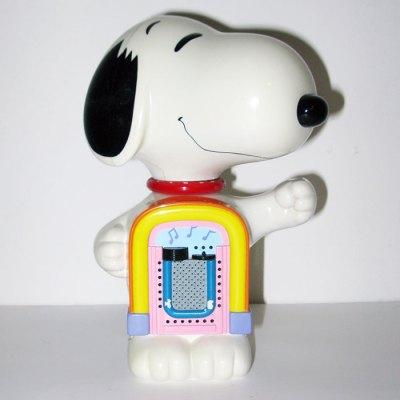 Snoopy Standing Radio