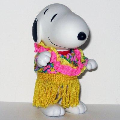 Hawaiian Snoopy Doll