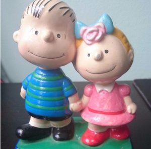 Linus & Sally Peanuts Figurescene