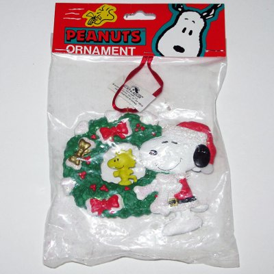 Santa Snoopy with Woodstock in Christmas Wreath Ornament