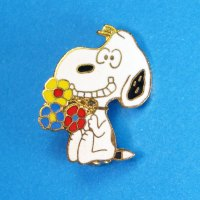 Snoopy holding flowers Pin
