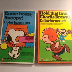 Snoopy & Charlie Brown Colorform Sets