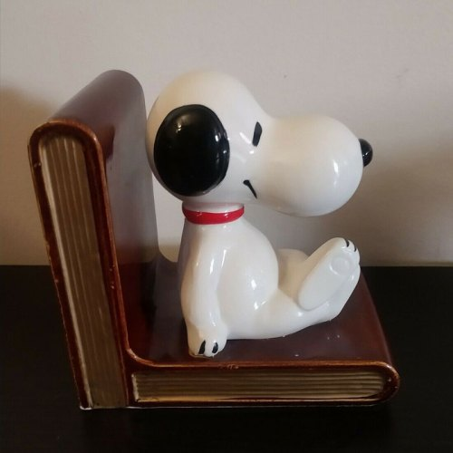 Snoopy on Books Bookend