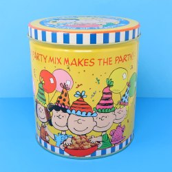 Click to view Peanuts Chex Mix Memorabilia