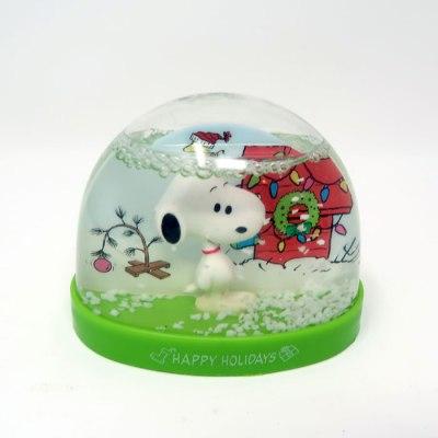 Snoopy Holidays Snow Globe