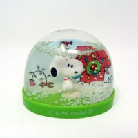 Snoopy Holidays Snow Globe