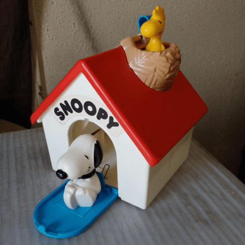 Hasbro Snoopy Jack-in-the-Box