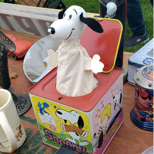 Snoopy Jack-in-the-box