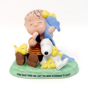 Linus, Snoopy and Woodstocks Figurine