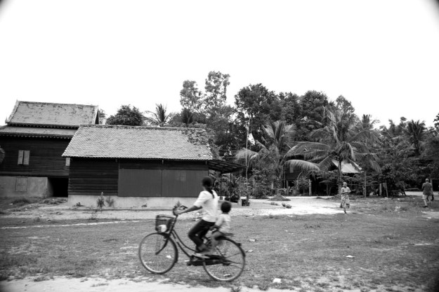 Gutwein Cambodia_-22WEB