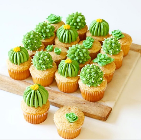 cactus cupcakes for Mexican theme party
