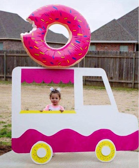 donut truck photo op