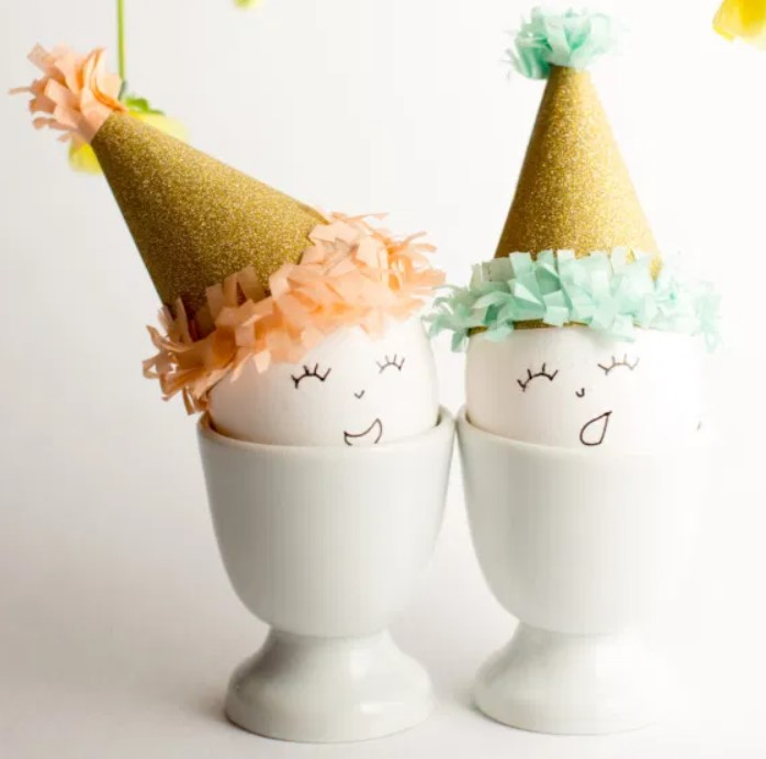 Easter eggs with party hats