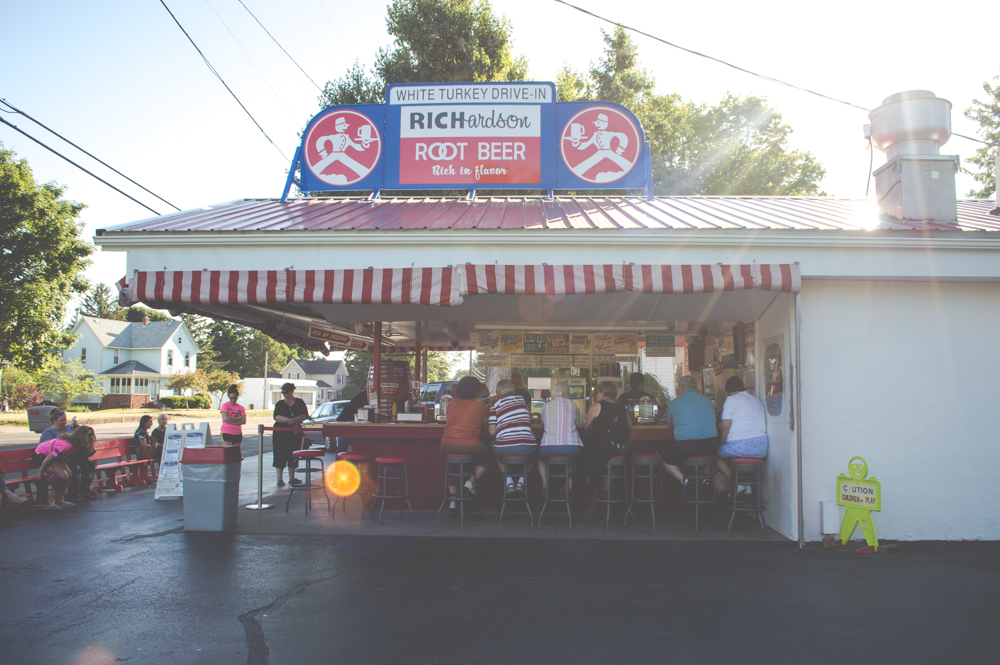 Things to Do in Ohio: The White Turkey in Conneaut, Ohio
