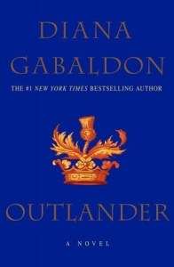 7 BEST BEACH READS FOR YOUR SUMMER VACATION - Outlander by Diana Gabaldon