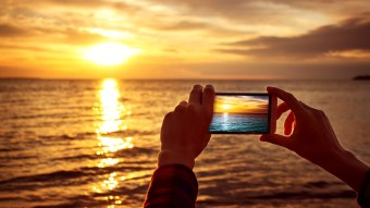 This Hotel Will Pay You $10,000 To Take Sunset Pictures