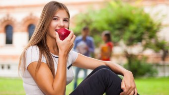 10 Best Ways To Stay Healthy & In Shape Your Freshman Year Of College