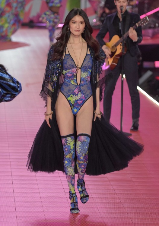 Sui He modeling at the Victorias's Secret Fashion Show 2018
