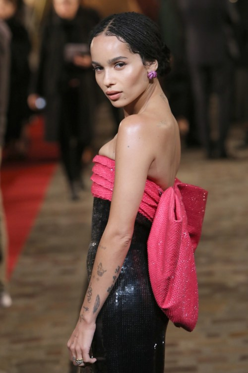 Zoe Kravitz at the World Premiere of 'Fantastic Beasts: The Crimes Of Grindelwald'  in Paris wearing a black and pink dress