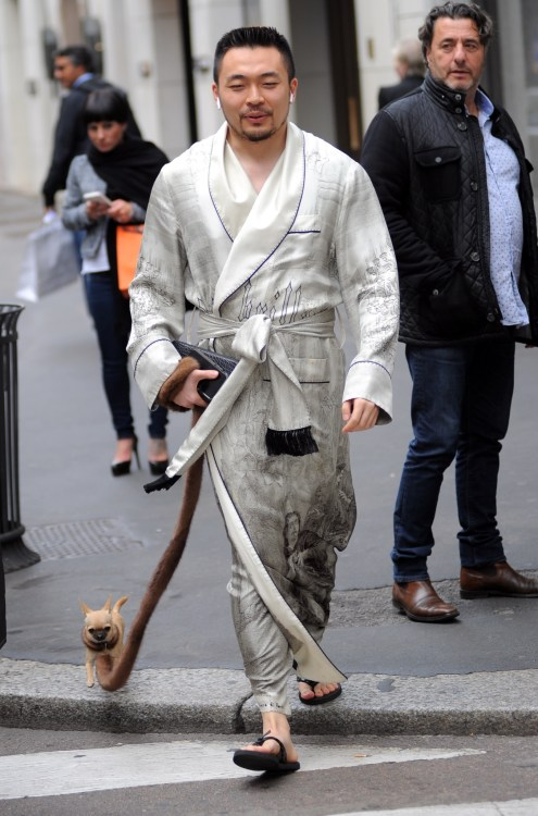 Leinuo Zhang walks his dog through the center of Milan Featuring: Leinuo Zhang Where: Milan, Italy When: 24 Oct 2018 Credit: IPA/WENN.com **Only available for publication in UK, USA, Germany, Austria, Switzerland**