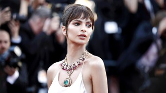 Emily Ratajkowski Net Worth Right Now – Income, Salary & Finances