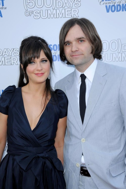 Zooey Deschanel and Ben Gibbard at the Los Angeles Premiere of '500 days of Summer'. Egyptian Theatre, Hollywood, CA. 06-24-09