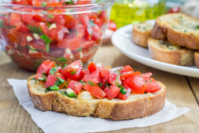 Tomato Toast With Chives