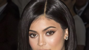 Kylie Jenner Shows Off Stunning Christmas Tree