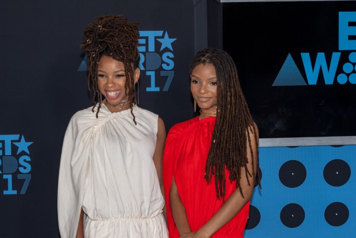 Chloe and Halle photographed at an event