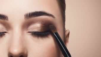 5 Makeup Looks Every Girl Should Try Out Today