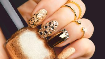 Top 7 Winter Nail Art Ideas For The Winter Holidays (2020)