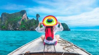 Top 5 Fashion Items To Have For Your Upcoming Vacation