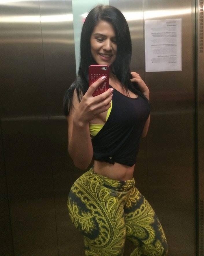 hot-fitness-girls-19