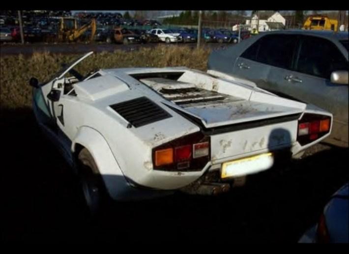 abandoned-supercars-Lamborghini-Countach-05