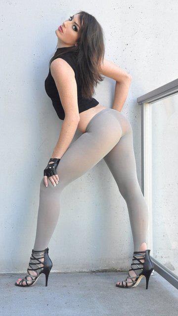 girls-yoga-pants-32