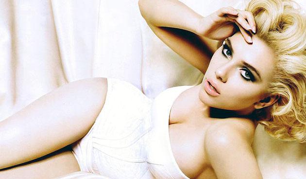 scarlett-johansson-sexy-photos-9