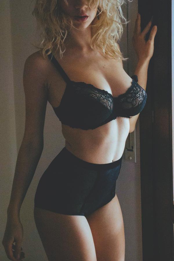 Mini jello boobs