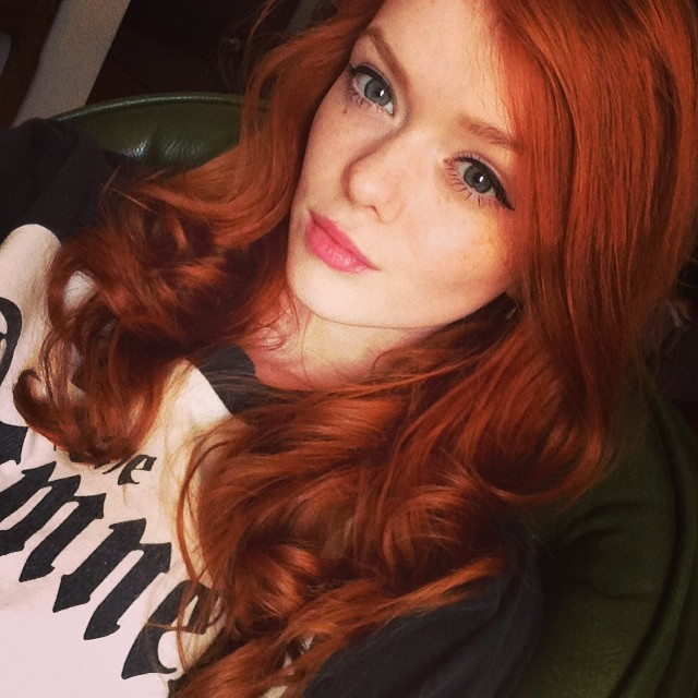 sexy-redhead-college-21