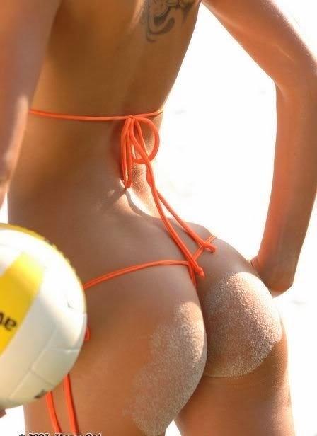 bikini-sand-ass-12