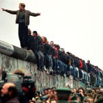 The Fall of the Wall 25 Years On is Remembered with 8,000 Balloons