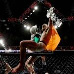 Fairytale NYC Debut for UFC as Conor McGregor is Crowned Lightweight Champion