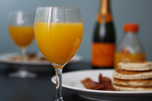 How to make a mimosa - Collegiate Cook