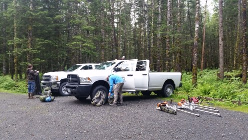 Prepping in the the parking lot of Saddlebag Glacier Trail