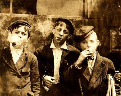 hine-newsies-smoking-at-skeeter's-branch-1910-wikimedia-web