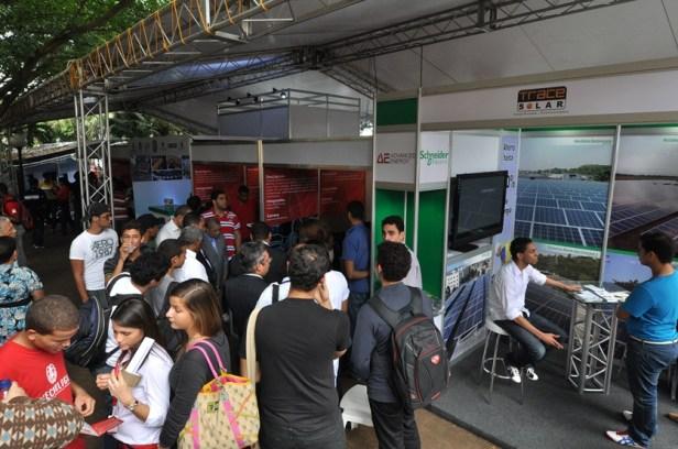 Más de 25 empresas exponen tecnologías y sistemas de energía en Intecnología 2013.