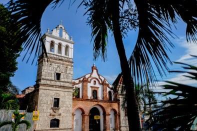 En el templo de Santa Bárbara, ubicado en la calle Isabel La Católica, fue bautizado Juan Pablo Duarte el 4 de febrero de 1813. Su construcción data de finales del siglo XVI y fue sometida a modificaciones luego del terremoto de 1751. En la actualidad está siendo remodelada.