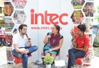 La Radio del INTEC reportando en vivo desde Descubre INTEC