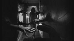 """Repulsión (1960) de Roman Polanski Fue el segundo largometraje de Roman Polanski. Primera de la llamada """"trilogía del apartamento"""", siendo las otras dos El bebé de Rosemary y Le Locataire. El terror presente en estas tres películas no consiste en los peligros que provienen del exterior, sino del miedo que se va incubando en las mentes de los protagonistas."""