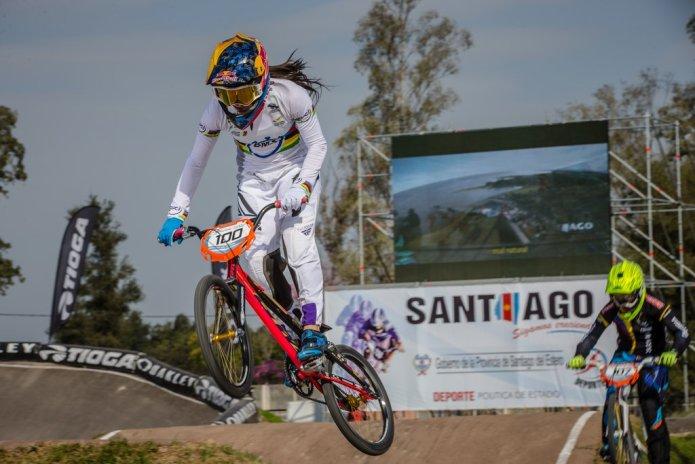 Mariana Pajón behaalt goud op WK BMX in Argentinië
